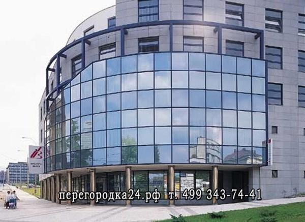 монтаж стеклянного фасада на ТЦ в Москве