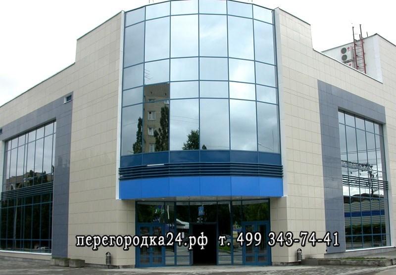 установка стеклянных фасадов на торговых центрах