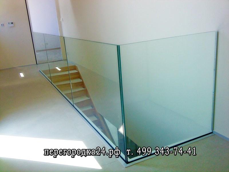 ограждения из стекла, сделают офис стильным и изящным